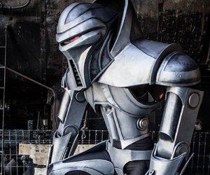 Amazing Cylon Centurion Cosplay