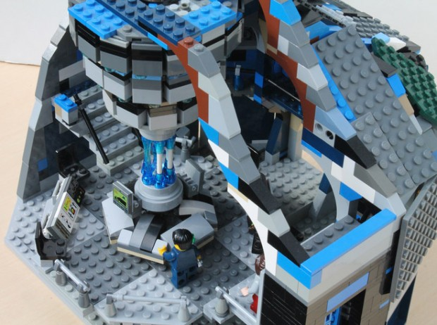 doctor_who_tardis_lego_control_room_1