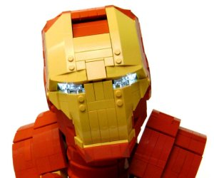 This LEGO Iron Man Bust Is Amazing