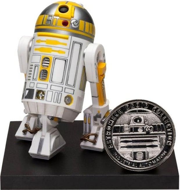 Barnes and Noble Star Wars R2-C4 ARTFX Statue