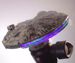 Flying the Millennium Falcon with Stop-Motion