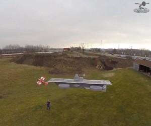 Landing R/C Planes on a Flying Avengers Helicarrier