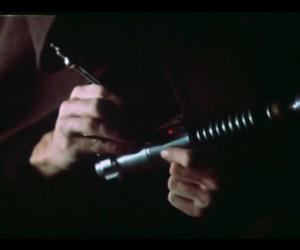 Luke Finishes His Lightsaber in This Deleted Scene