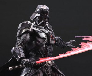 Square-Enix Darth Vader Figure Has the Best Lightsaber