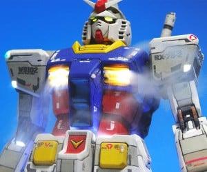 Fan Makes Smoke-Breathing Gundam Model