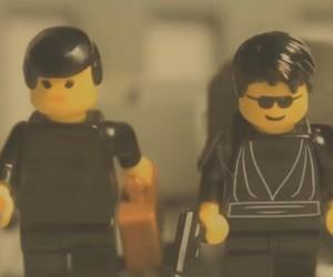 The Matrix Lobby Scene Recreated in LEGO
