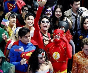 World Record Attempt: Most People Dressed as DC Heroes
