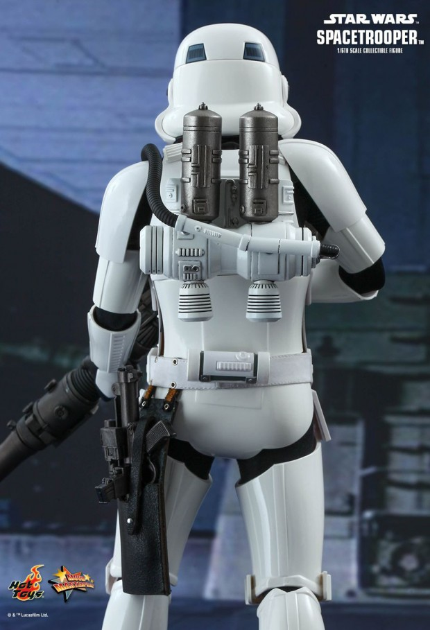 hot_toys_star_wars_spacetrooper_action_figure_4