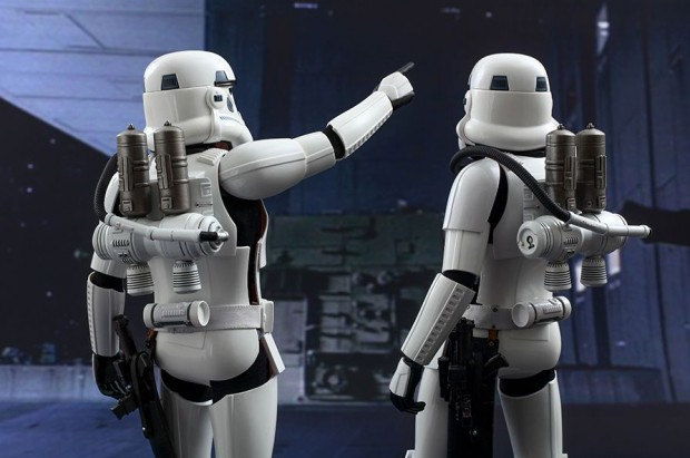 hot_toys_star_wars_spacetrooper_action_figure_6