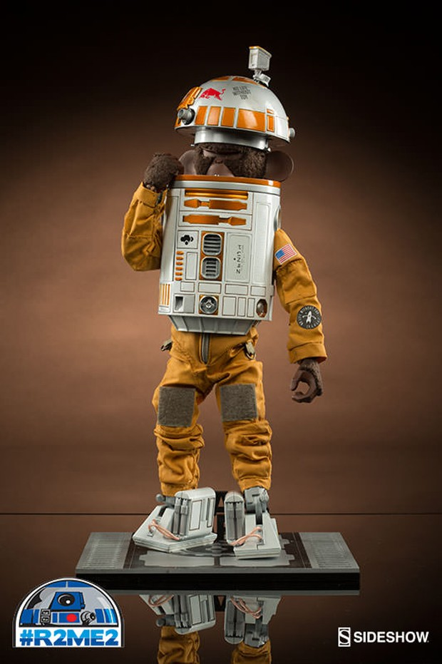 r2_me2_r2_d2_exhibit_by_sideshow_collectibles_3