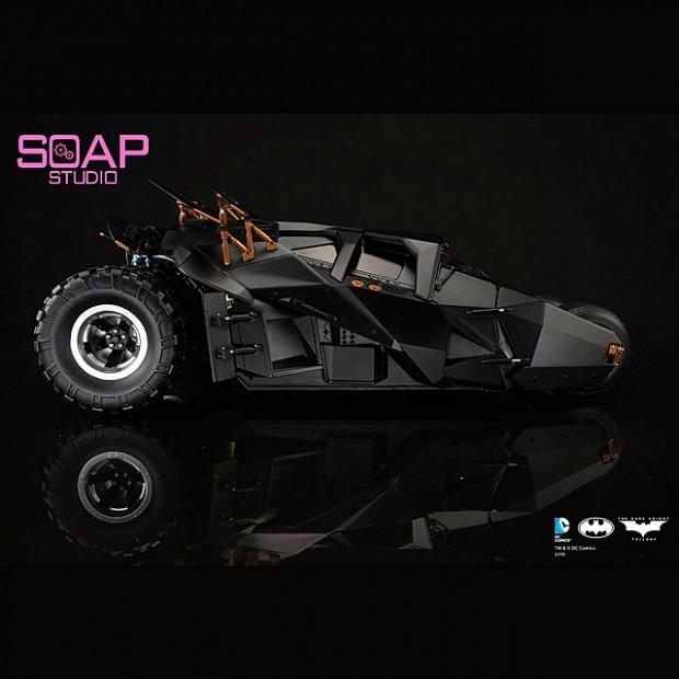 soap_studio_1_12_remote_controlled_batman_tumbler_3