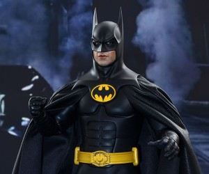 Hot Toys Batman Returns 1:6 Scale Figures