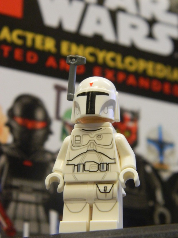 lego_star_wars_2015_encylopedia_updated_expanded_prototype_white_boba_fett_2