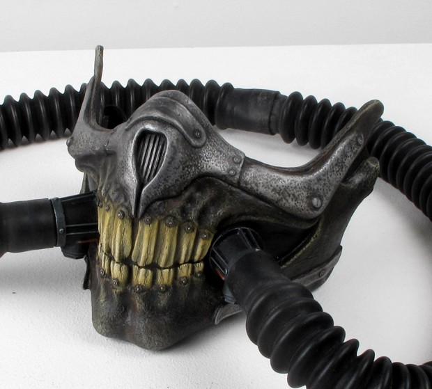 mad_max_fury_road_immortan_joe_respirator_skull_mask_by_thomas_hughes_3