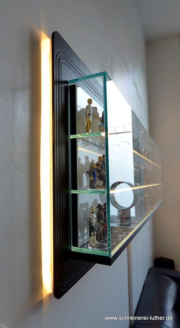 star_wars_kenner_action_figure_display_shelf_by_Schreinerei_Luther_2