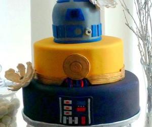 R2-3PO-Vader Star Wars Cake