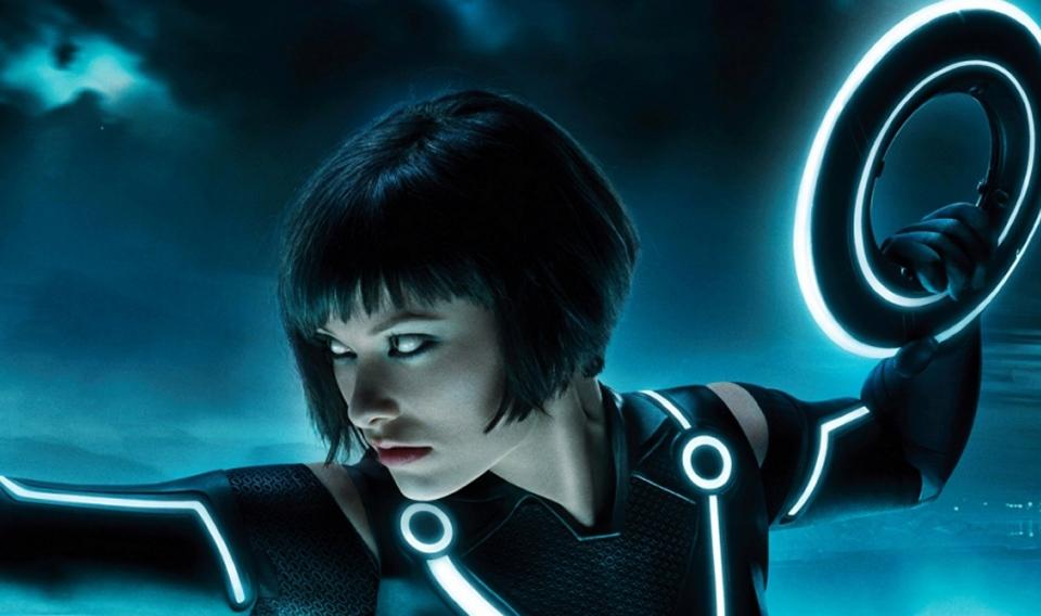 Tron and Tron: Legacy blu-ray release date and informationUK: April ...