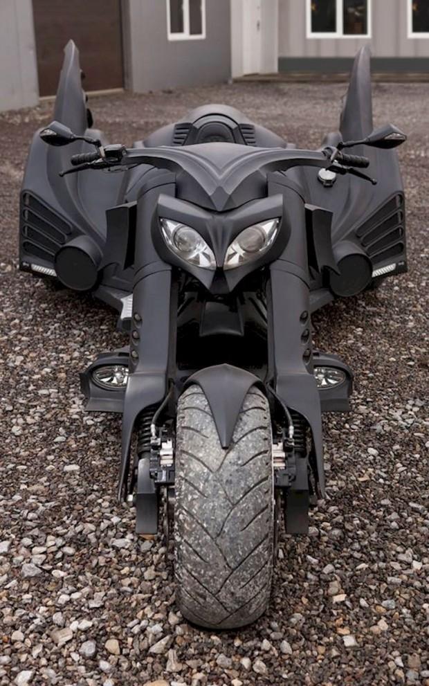 Batmobile_trike_3