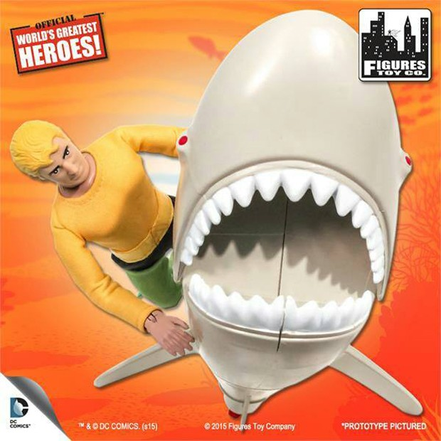 mego_reproduction_batcave_aquaman_great_white_shark_by_figures_toy_company_16