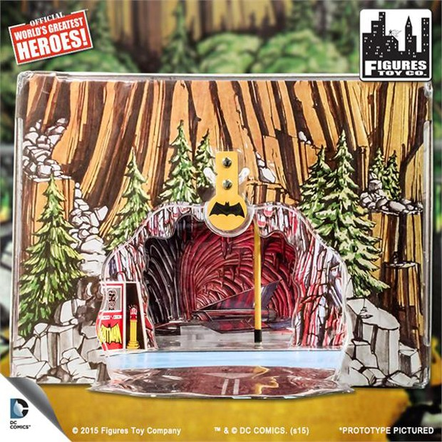 mego_reproduction_batcave_aquaman_great_white_shark_by_figures_toy_company_3