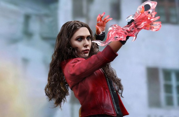 scarlet_witch_avengers_age_of_ultron_action_figure_by_hot_toys_12