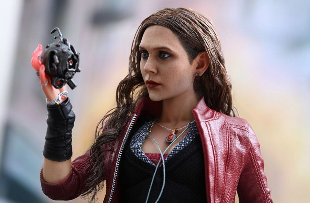 scarlet_witch_avengers_age_of_ultron_action_figure_by_hot_toys_13