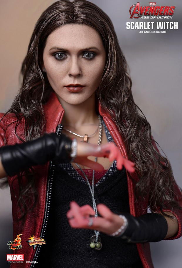 scarlet_witch_avengers_age_of_ultron_action_figure_by_hot_toys_4
