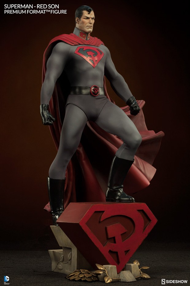 superman_red_son_premium_format_figure_by_sideshow_collectibles_3