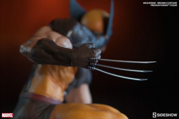 wolverine_brown_costume_statue_by_sideshow_collectibles_10
