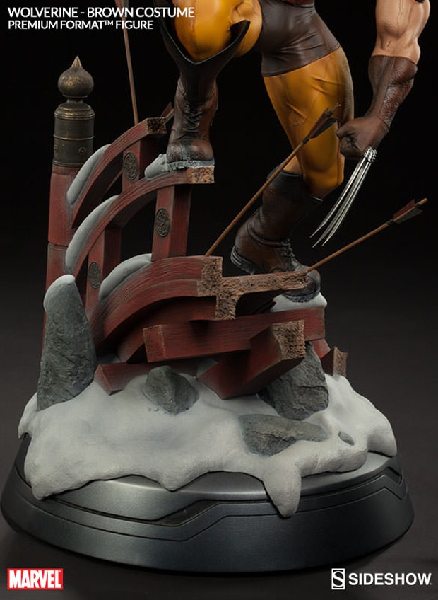 wolverine_brown_costume_statue_by_sideshow_collectibles_12