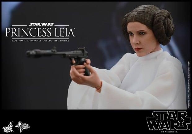 hot_toys_princess_leia_sixth_scale_action_figure_10