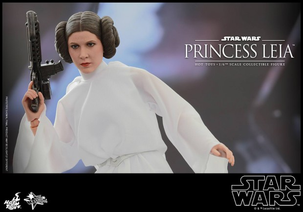 hot_toys_princess_leia_sixth_scale_action_figure_11