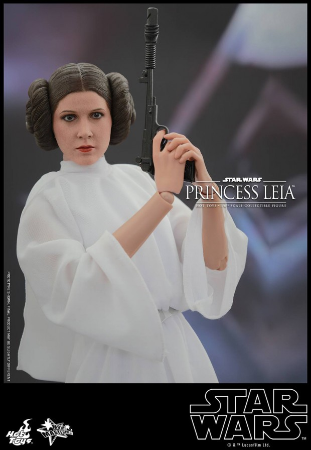 hot_toys_princess_leia_sixth_scale_action_figure_5