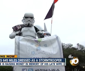 Stormtrooper Walks 645 Miles to SDCC