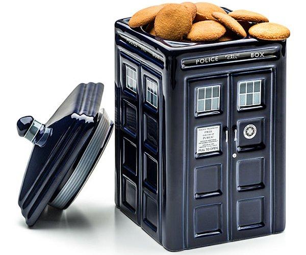 Doctor who 3d lighted tardis lawn decor - Tardis ceramic cookie jar ...