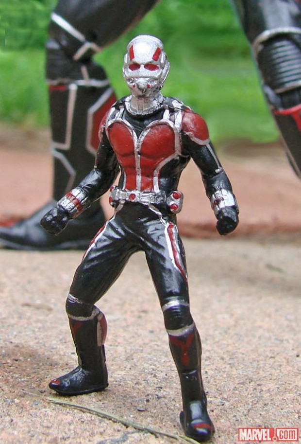 ant-man_marvel_select_action_figure_diamond_select_toys_8