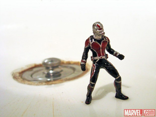 ant-man_marvel_select_action_figure_diamond_select_toys_9