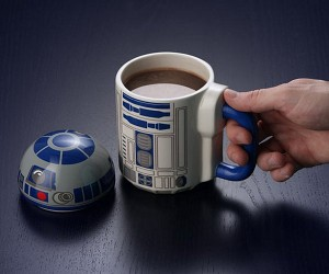 R2-D2 Coffee Mug Flips Its Lid