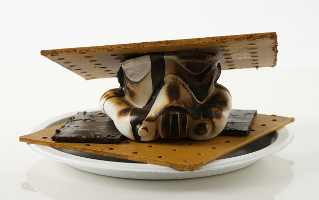 star_wars_force_for_change_stormtrooper_helmet_charity_auction_4