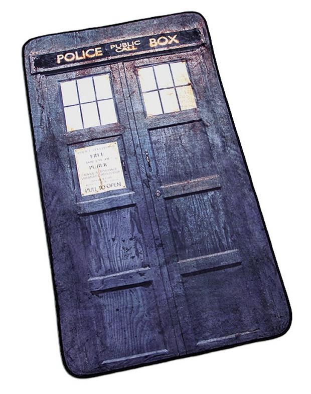 Distressed TARDIS Blanket