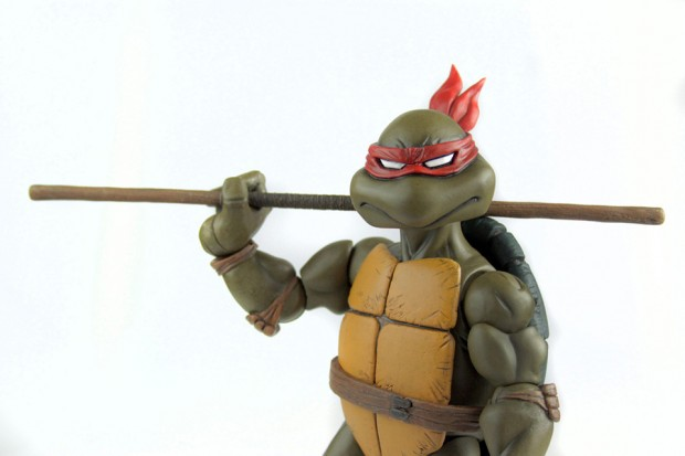 donatello_teenage_mutant_ninja_turtles_1_6_scale_action_figure_by_mondo_6