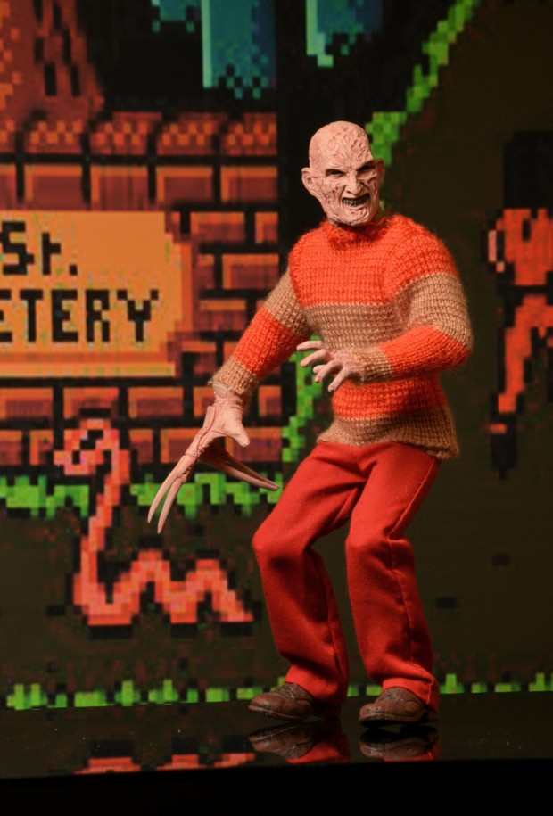 freddy_krueger_classic_video_game_appearance_clothed_figure_by_neca_9