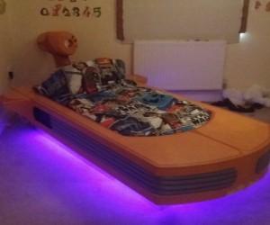 This Landspeeder Bed Is a Dreamspeeder