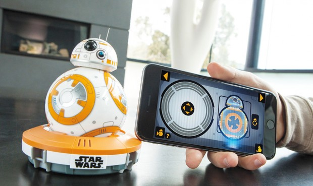 star_wars_bb-8_droid_remote_controlled_toy_by_sphero_2