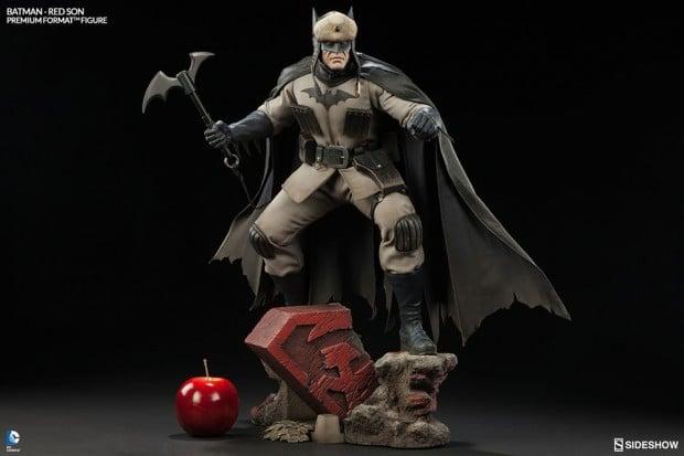 batman_red_son_premium_format_figure_sideshow_collectibles_2