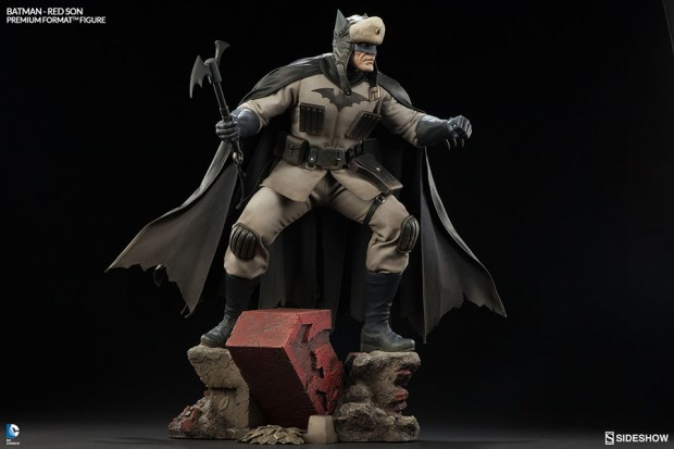 batman_red_son_premium_format_figure_sideshow_collectibles_3