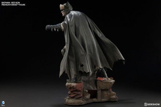 batman_red_son_premium_format_figure_sideshow_collectibles_4