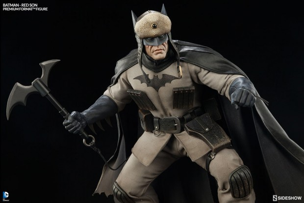 batman_red_son_premium_format_figure_sideshow_collectibles_5