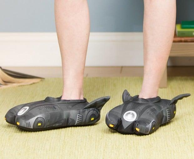 batmobile_slippers_2