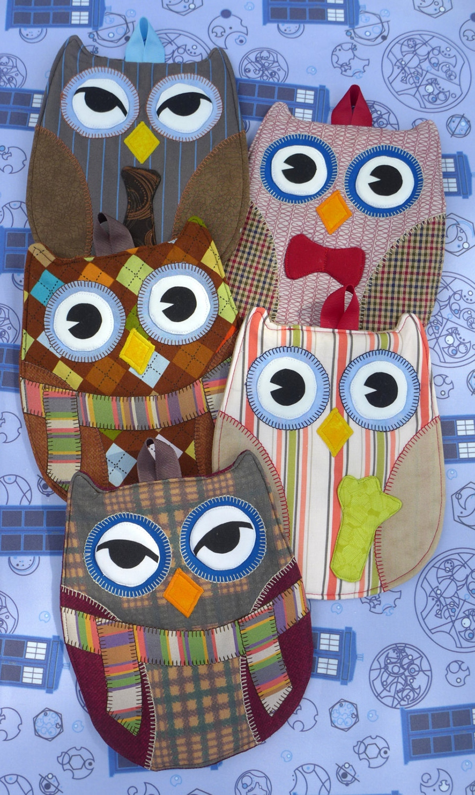 Doctor Who Owl Hot Pads: Doctor Hoot!
